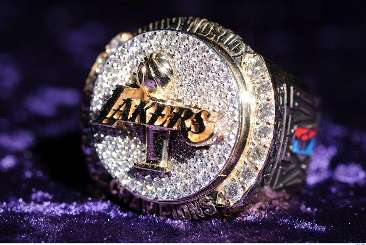 Kobe Lakers Championship Ring Front
