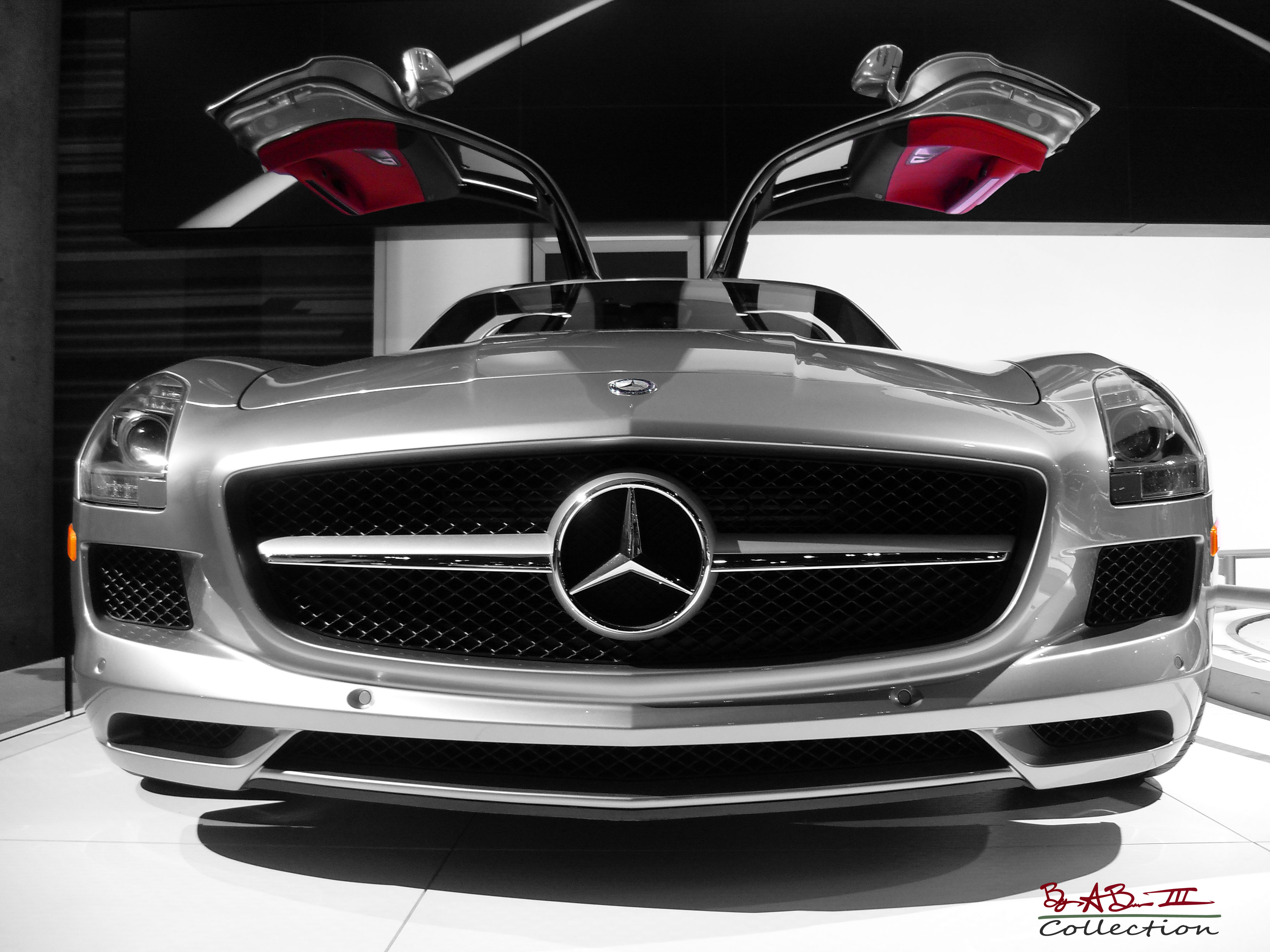 Mercedes benz sls amg gullwing 2010 price for Mercedes benz sl amg price